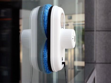 robot lave vitre qu est ce qu un robot lave vitre. Black Bedroom Furniture Sets. Home Design Ideas